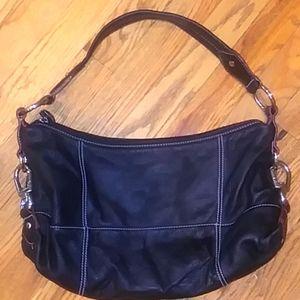 Black pebbles leather shoulder bag